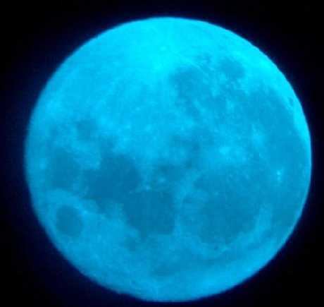 Fenomena Blue Moon